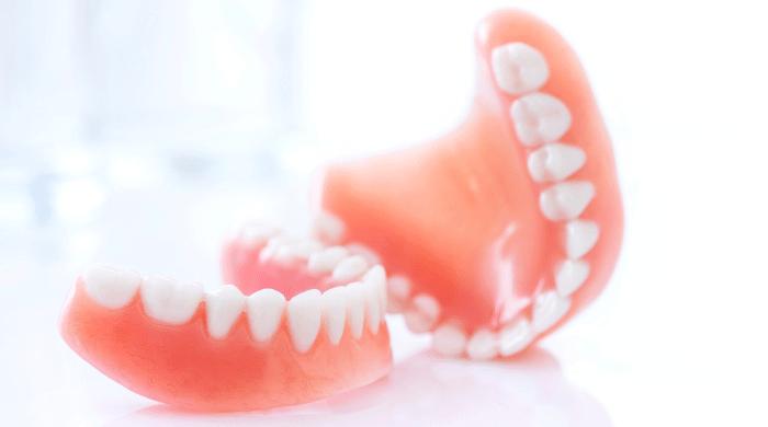 50代以降に総入れ歯になるのを防ぐ3つの方法