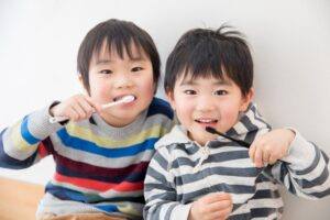 小児 子供 歯磨き嫌がる